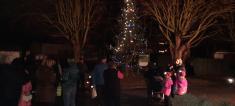 Zdobení vánočního stromku na návsi 23.12.2020